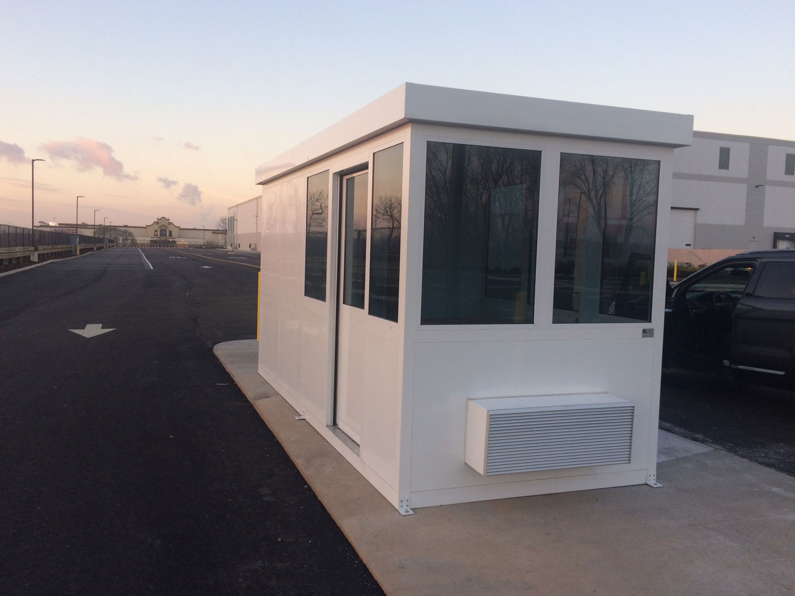 Guard Booth with Sliding Door